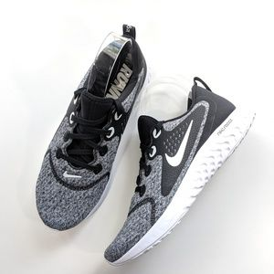 Nike Legend React Black/White Women's 10